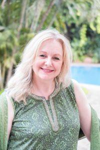 Lorraine Hart